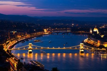 Budapest : Hotel 4* (2 nights) for 18 Euros p/p