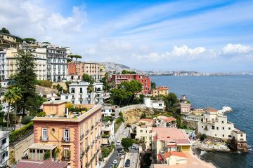 Know better the city of Naples (Italy) by Virtual Tour