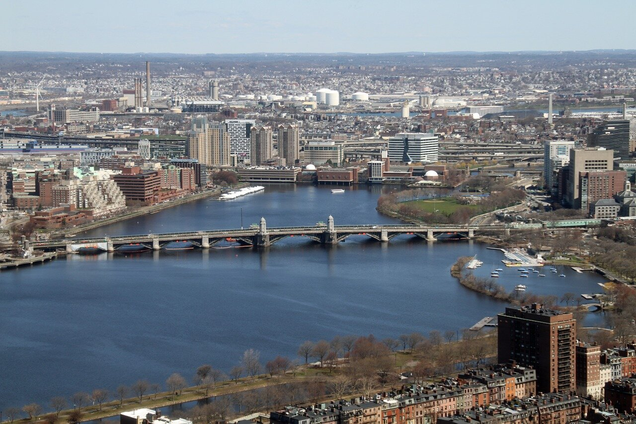 Know better the city of Boston (United States) by Virtual tour