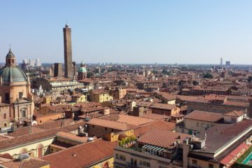 Know better the city of Bologna (Italy) by Virtual tour
