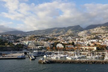 Madeira (Portugal) : National non-stop round-trip flight from Oporto and Lisbon from  34 Euros