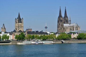 Cologne: Non-stop round-trip flight from Poland for 15 Euros