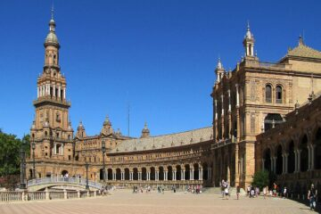 Know better the city of Seville (Spain) by Virtual tour