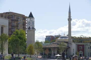 Know better the city of Tirana (Albania) by Virtual tour