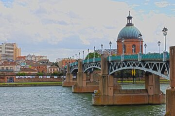 Know better the city of Toulouse (France) by Virtual tour