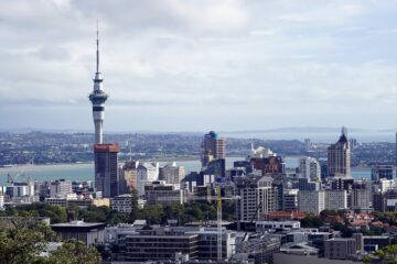 Know better the city of Auckland (New Zealand) by Virtual tour