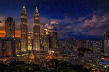Know better the city of Kuala Lumpur (Malaysia) by Virtual tour